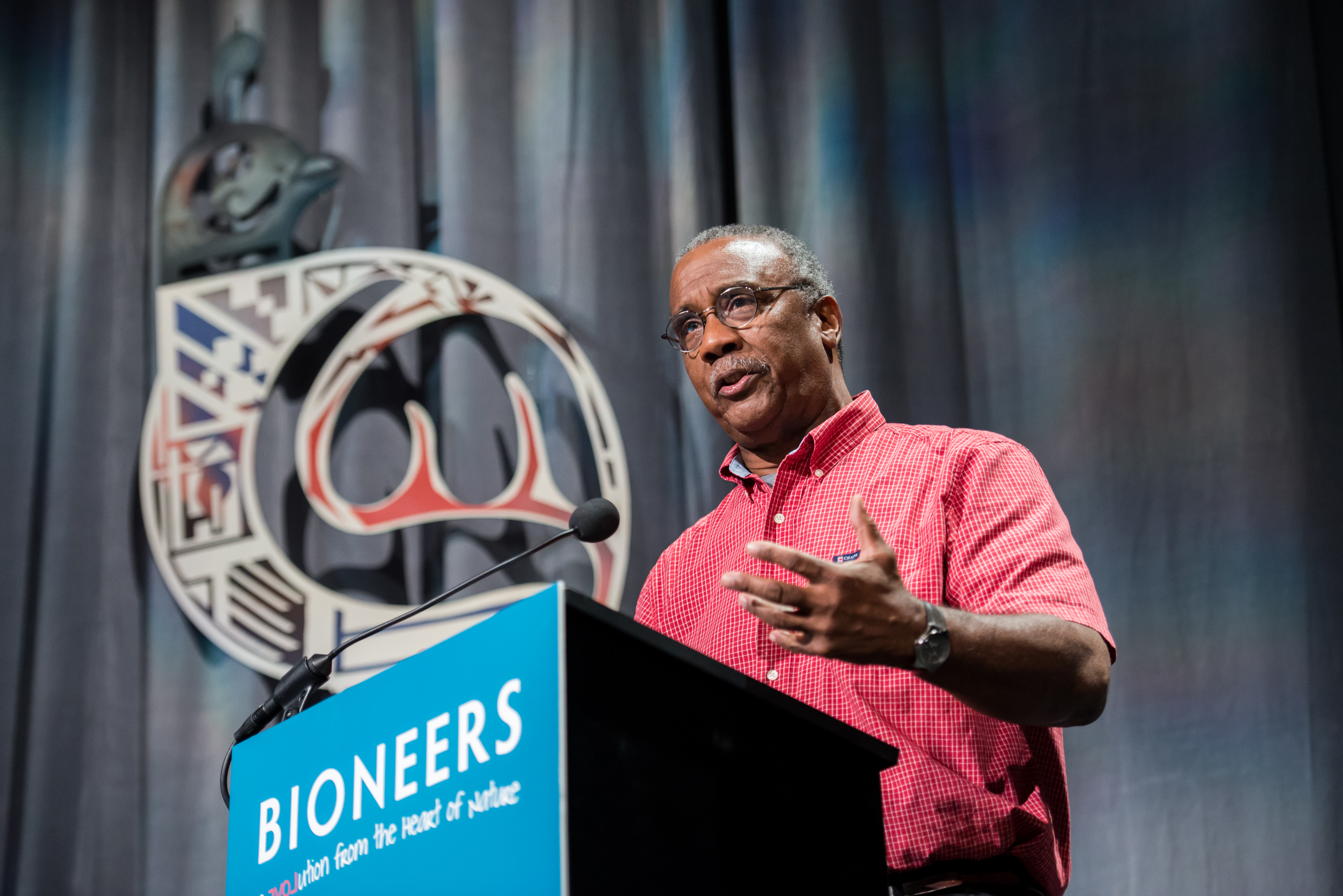 Biomimicry Enthusiast Greg Watson speaking at the 2015 Bioneers Conference